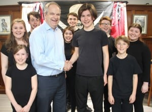 The Pirates Of Penzance cast with Peter Taylor Managing Partner at Paris... (2)